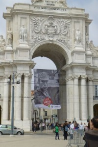A banner honors the late revolutionary leader Salgueiro Maia.