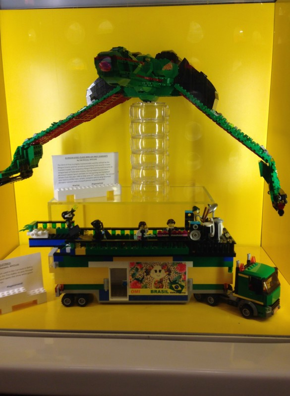 The display at the Rockefeller Center LEGO Store, where my Trio is menaced by Sid Dinsay's Klingon Bird of Prey.