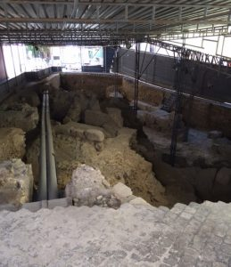 Excavating the Olisipo theater from Roman times.