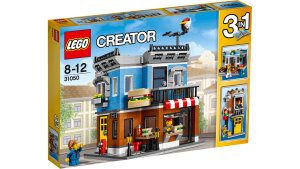 The LEGO Creator set that was the basis of my MOC.